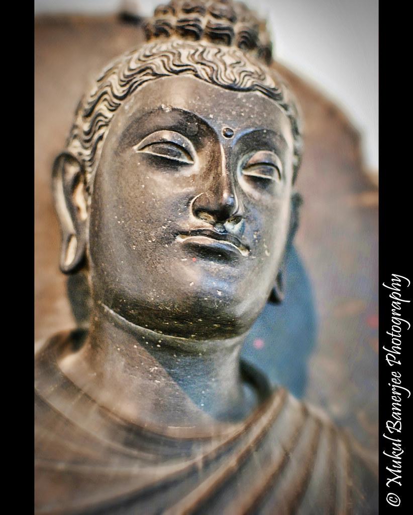 gautam buddha statue 2