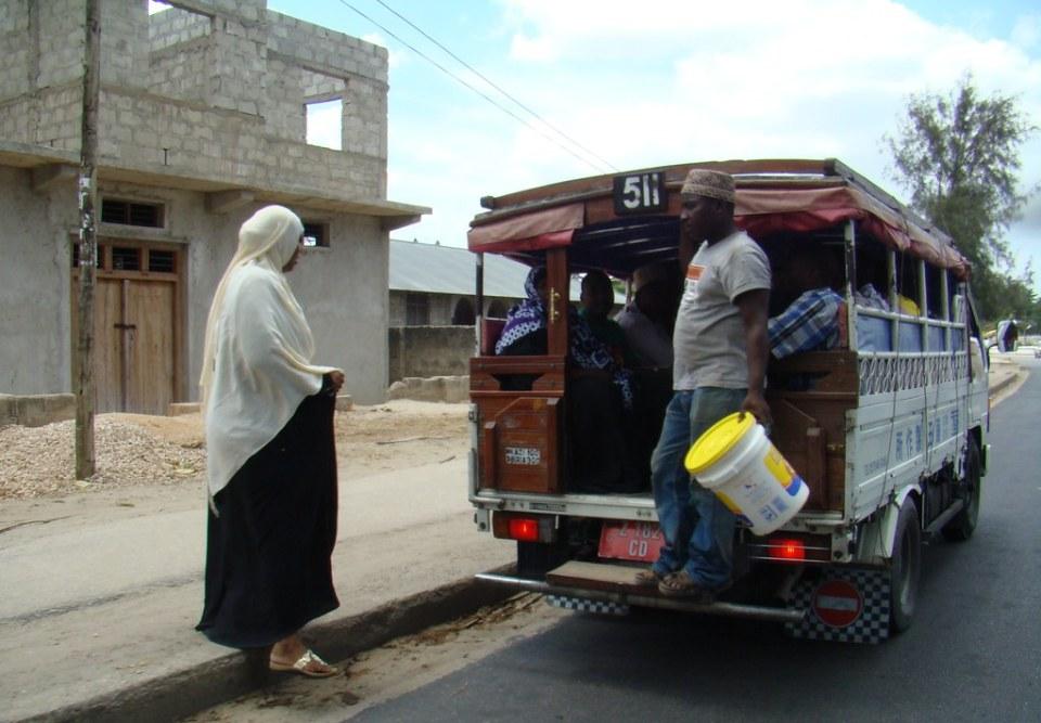 camioneta transporte publico Zanzibar Tanzania 13