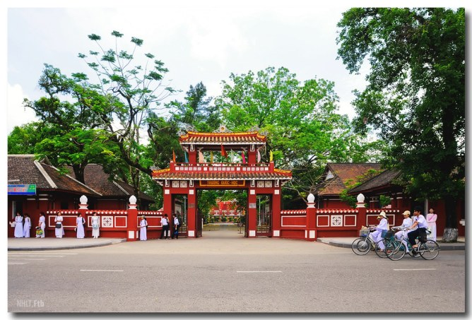 Image result for trường quốc học huế