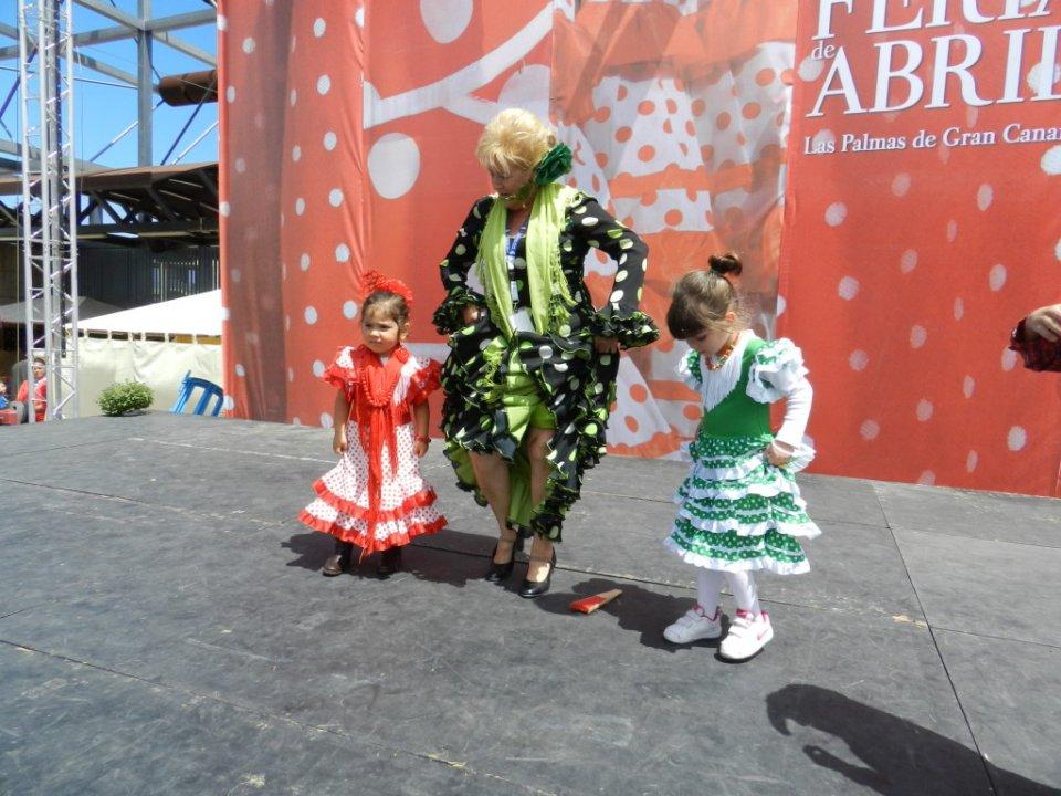 TV Feria abril Las Palmas de Gran Canaria Taller aprendizaje sevillanas impartido por Toñi Medina 01