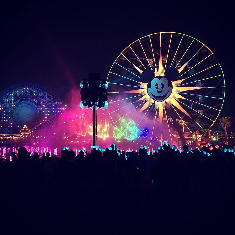 Beautiful way to end the night! ❤️#Disney #worldofcolor