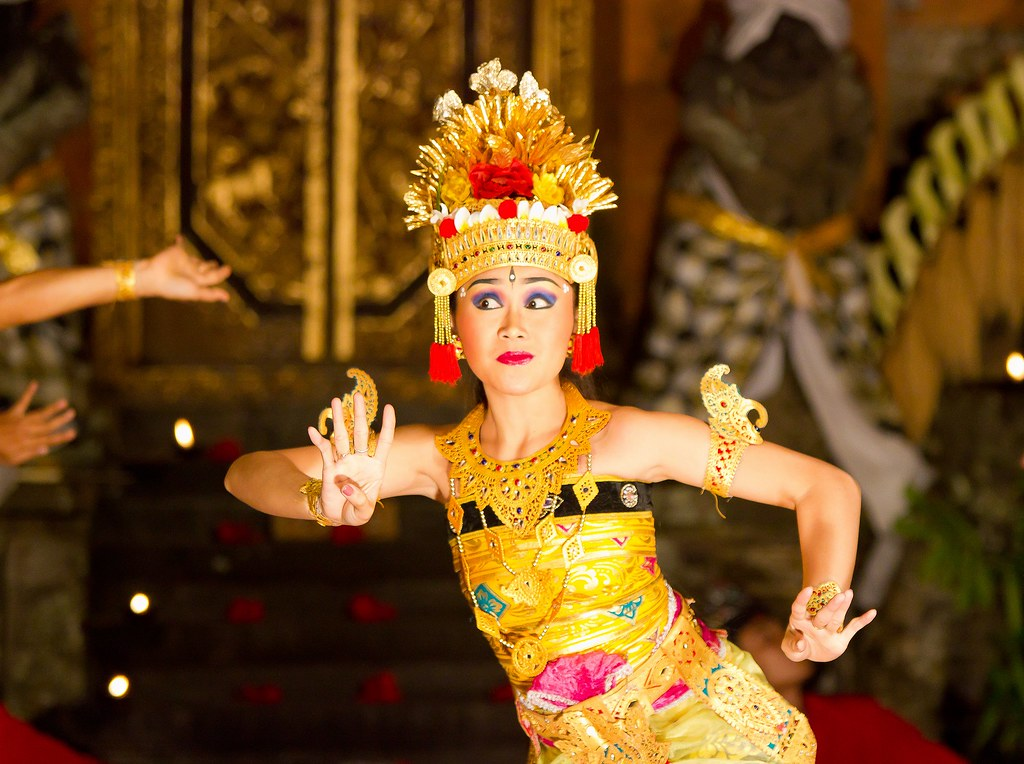 legong balinese dancer jorge