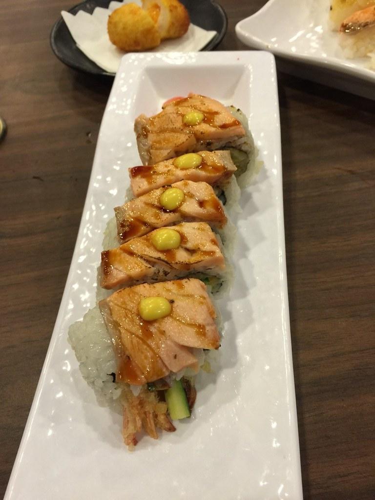 推薦高雄松江庭吃到飽日本料理餐廳平價的日式便當外送服務 (12) | 推拿五虎520 | Flickr