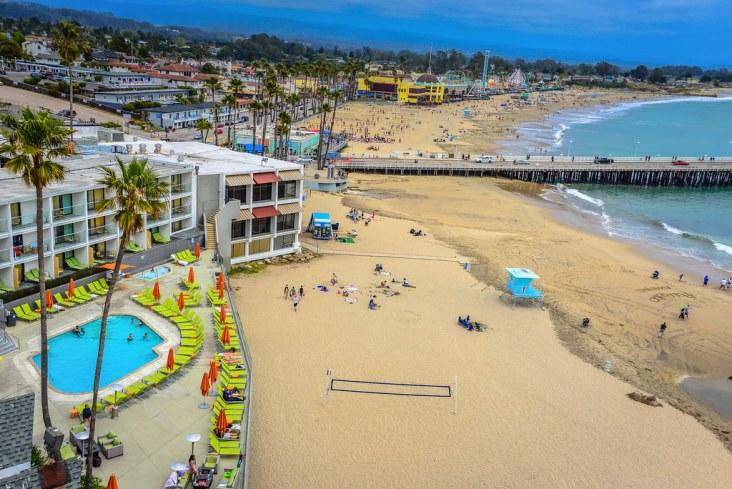 Dream Inn Hotel Santa Cruz CA | Pool area of the Dream Inn H… | Flickr