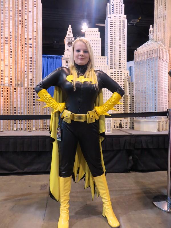 Batgirl cosplayer IMG_0333