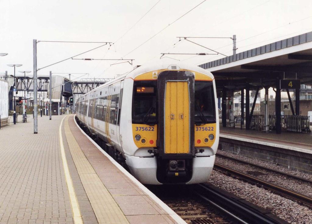 375622 26.11.2007 | 375622 is seen departing Ashford Interna… | Flickr