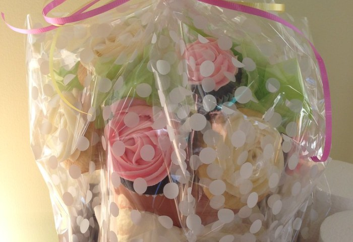 Cupcake Bouquet Wrapped Up For Delivery Meredith Maxwell Flickr