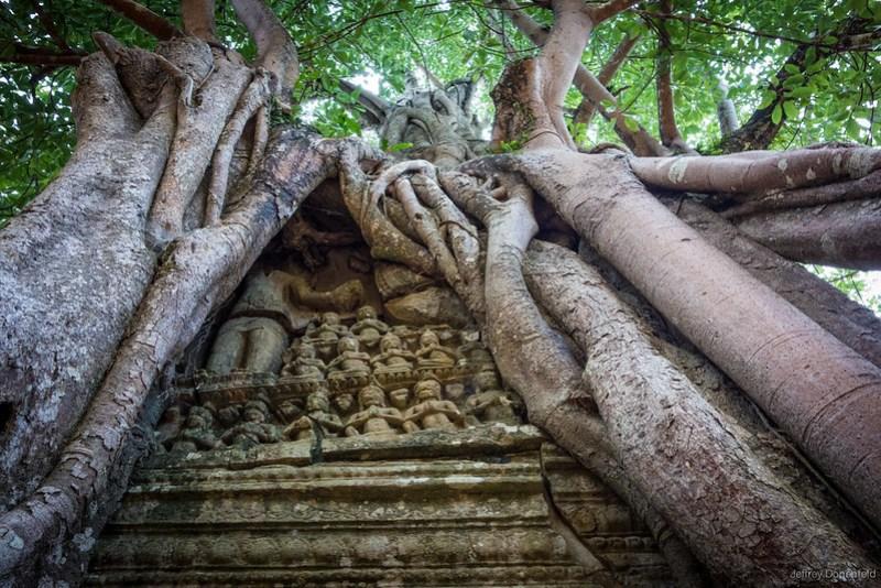 2013-06-18 Angkor Wat - DSC06029-FullWM
