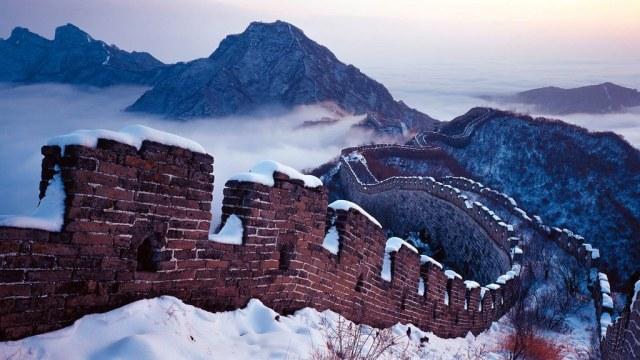 Hasil gambar untuk great wall china snow