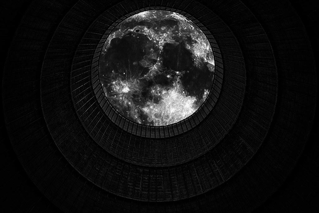 through the wormhole eosfoto