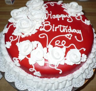 Red Velvet Birthday Cake2