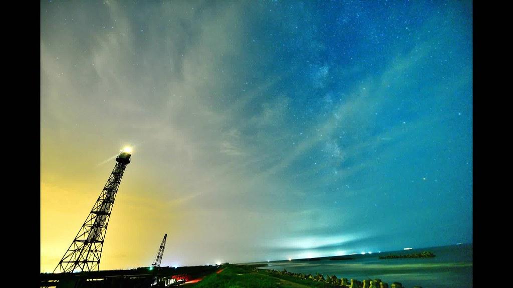 國聖燈塔銀河縮時攝影 | 水平好歪阿.....流雲好多阿..... | 丸子呆 | Flickr