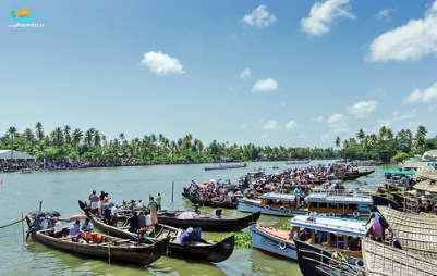 Shedding Lights on Snake Boat Race in Kerala – What You Need to Know