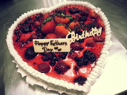 specially make for fathers day - panna cotta cake