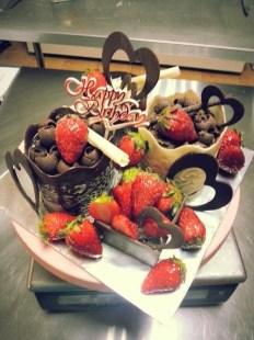Custom made strawberry cake set