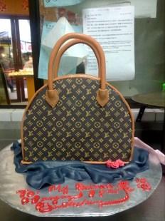 LV cake bag
