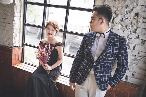 珮珊 & 子培 / 婚紗 | photographer: Chris 馮海耘 stylist: Emily Tsai w… | Flickr