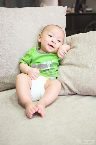 我的小外甥   居然升級成舅舅了~抱起來好軟好可怕!!!!   Stanley Young   Flickr