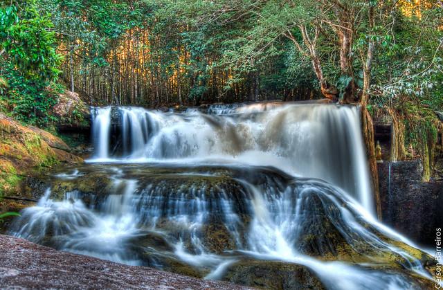 "Waterfall ""Santuário"" HDR"