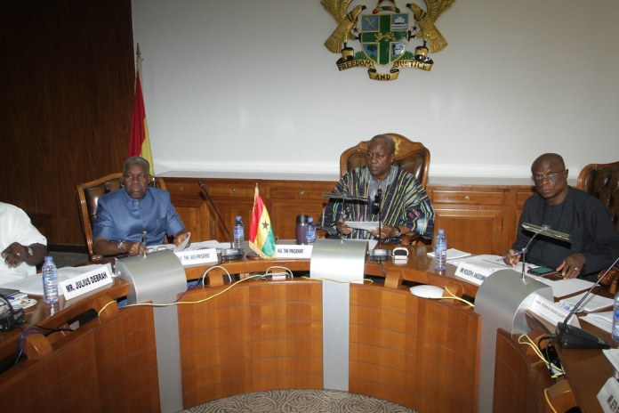 President Mahama chairs last Cabinet Meeting at the Flagst…   Flickr