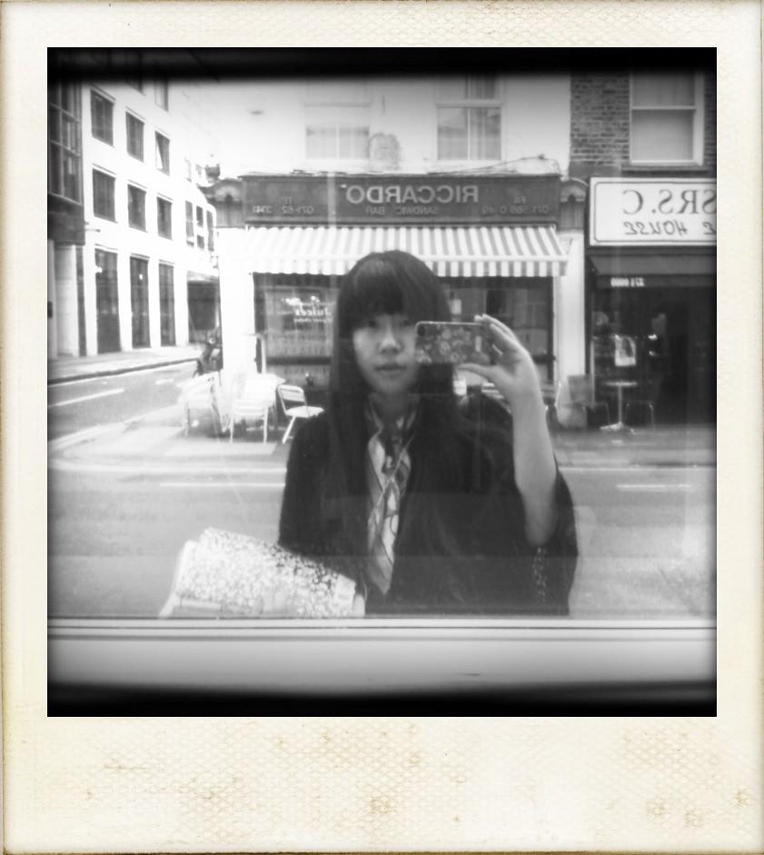 我被秋天落在了陌生城市的無人街角。 | 天氣驟變的倫敦街頭老娘居然在聽維瓦爾第的春。看,人生就是這樣 ...