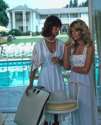 "UNITED STATES - AUGUST 11:  CHARLIE'S ANGELS - Season One - ""Night of the Strangler"" - 8/11/76 Kate Jackson, Farrah Fawcett  (Photo by ABC Photo Archives/ABC via Getty Images)"