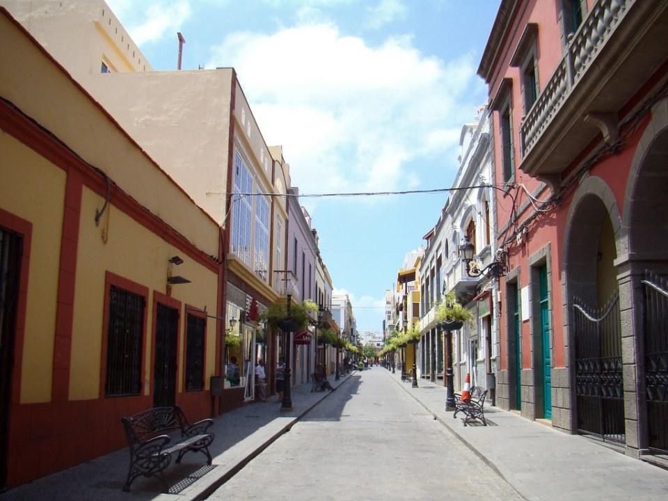 Ayuntamiento calle Capitán Quesada Gáldar isla de Gran Canaria 01