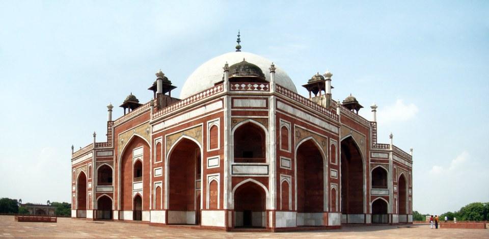 vista lateral exterior de edificio Tumba de Humayun Delhi India 15