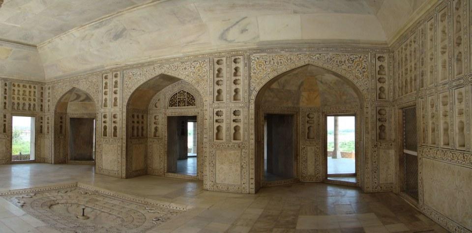 Sala de marmol interior Torre octogonal de Musamman Burj Fuerte Rojo de Agra Lal Qila India 27