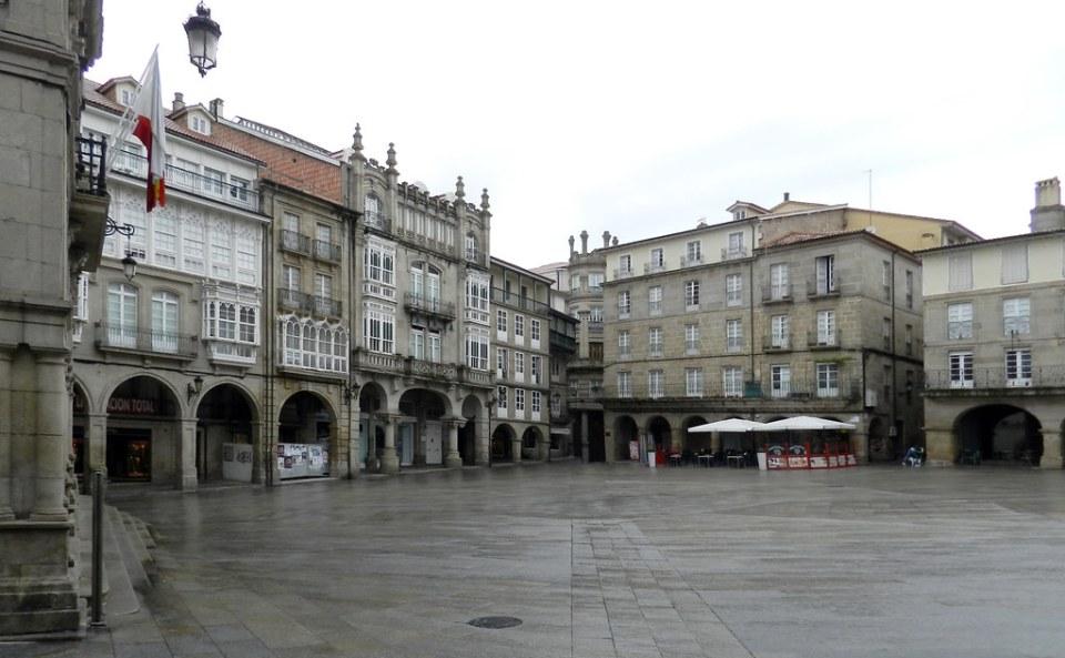 Plaza Mayor ciudad Orense 01