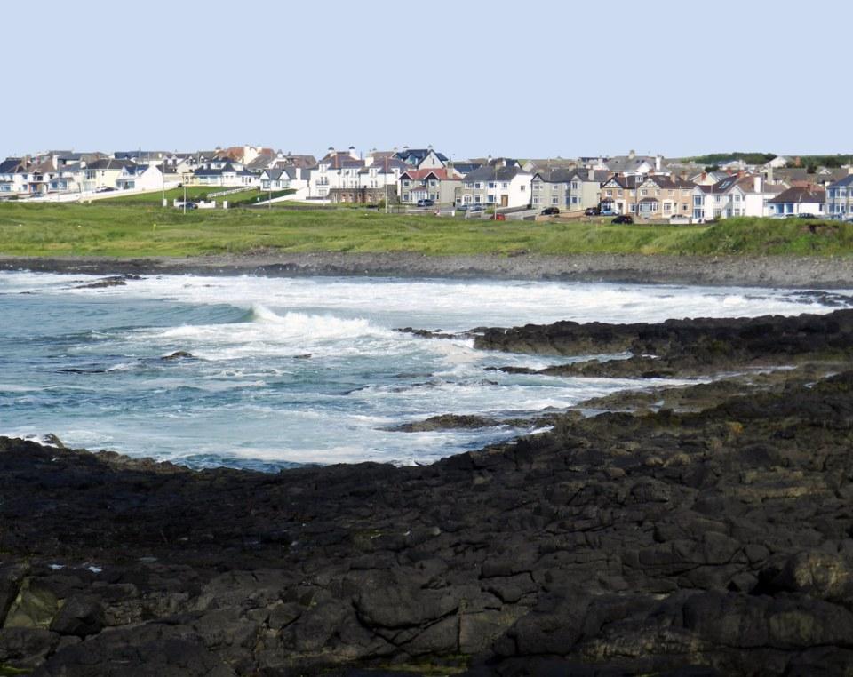 costa y vista de Portstewart  Irlanda del Norte 03