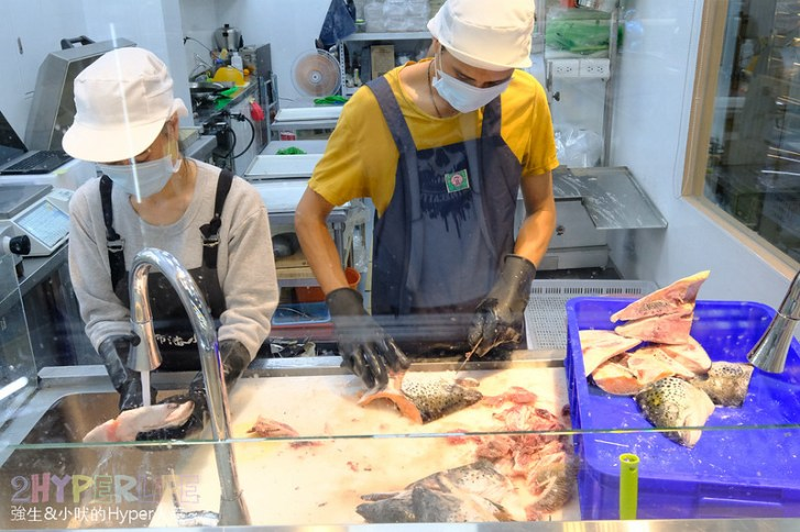 32722730607 cbefbaa94a c - 熱血採訪│台中專業海鮮市場-阿布潘水產,可現撈漁獲和優質肉品種類多達300多種,代客殺魚服務超方便!