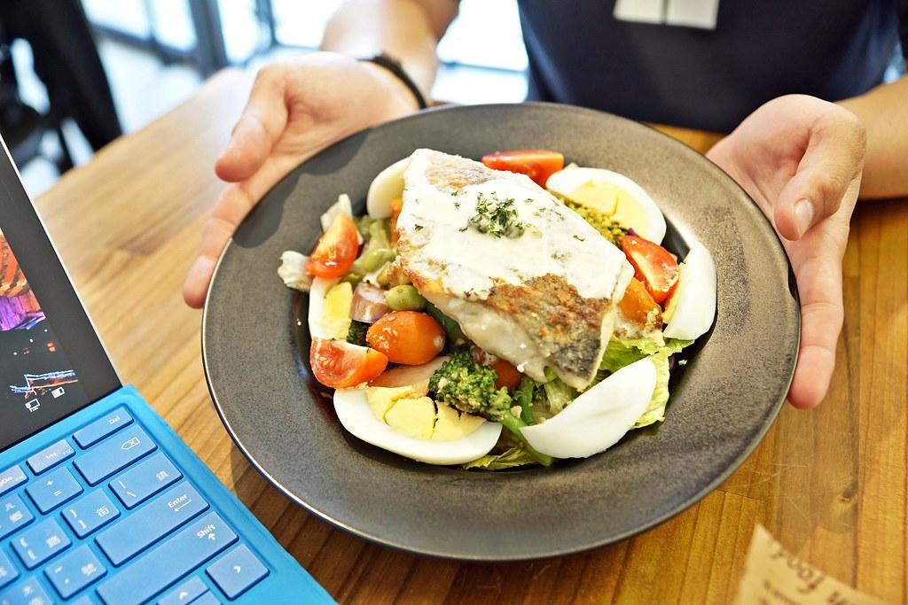 【高雄】CHEFit 纖人掌。很有味道的「健身減肥餐」!餐點提供熱量蛋白質表│燕麥飯、溫沙拉、健身餐│高雄 ...