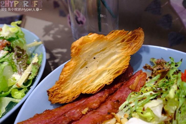 32902444687 32001ff71d c - 嚼嚼Bits&Bites│以健康飲食為出發點的澳洲式早午餐,浪漫粉色風裝潢好適合網美來拍照啊!