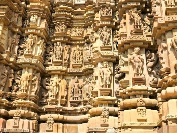 Relieves y grabados en Khajuraho