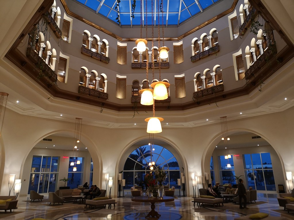 edificio hotel EL Mouradi Gammarth Tunez 03