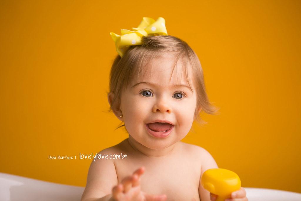 danibonifacio-lovelylove-fotografia-foto-fotografa-baby-criança-infantil-acompanhamento-mensal-ensaio-smashthecake-book-estudio-ensaio-newborn-balneariocamboriu-itajai-itapema-bombinhas-portobelo-gaspar-brusque3