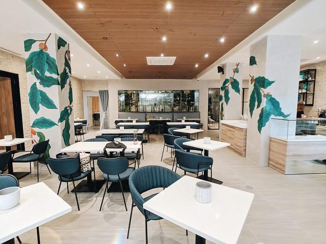 Caffe Freddo interiors