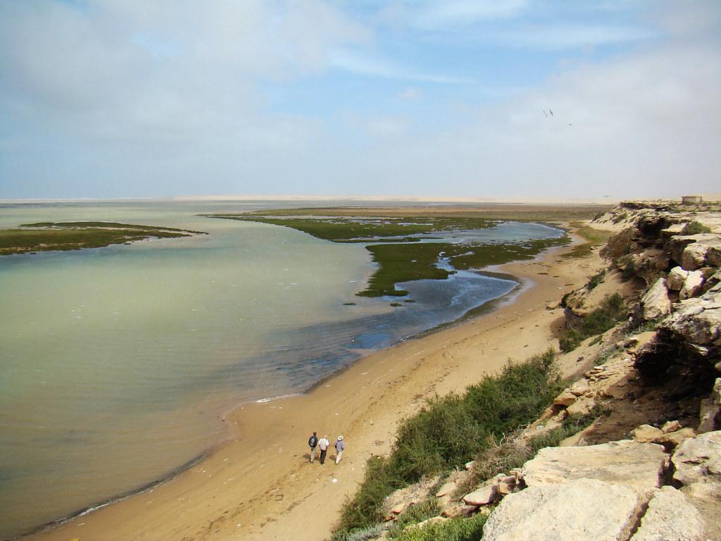 Laguna de Naila Parque Natural de Knenifiss Sahara 06