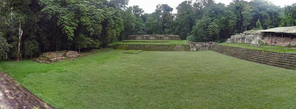 Quirigua Acropolis Ciudad Maya Sitio Arqueologico Guatemala 01