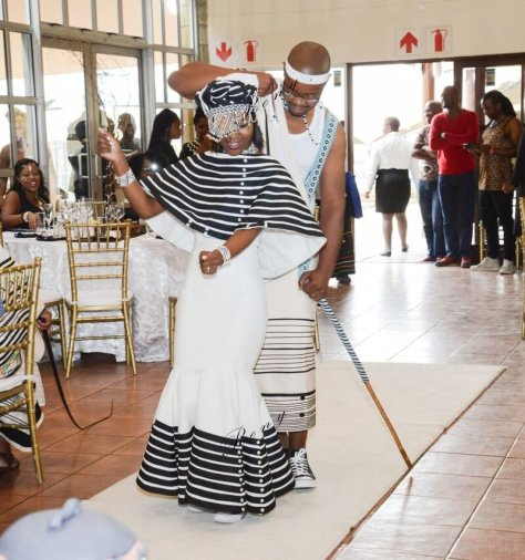 Xhosa wedding traditional dresses 2019