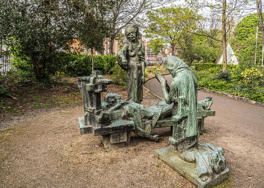 THE VICTIMS BY ANDREW O'CONNOR [MY GOOD FRIDAY 2019 VISIT TO MERRION SQUARE PARK]-151782