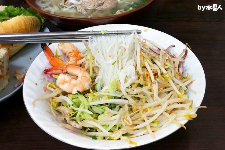 40789506673 9e92ae1be3 b - 台中超高CP值平價越南料理!米線、河粉只要70元起,用餐時間人潮大爆滿