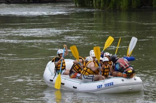 Rafting en el río Atuel en Mendoza