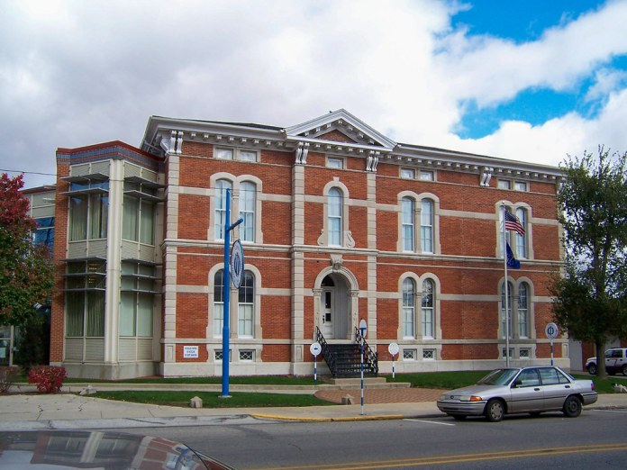 Centerville library, former courthouse