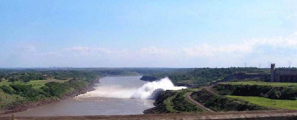 Central Hidroelectrica de Itaipu Brasil Paraguay 105
