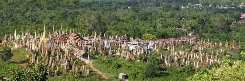 panoramica de estupas de Pagodas Kakku Myanmar Birmania 04
