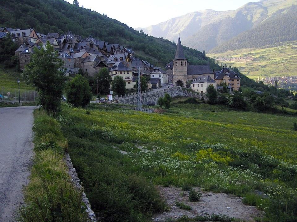 vistas de Gausach Lerida Valle de Aran 01