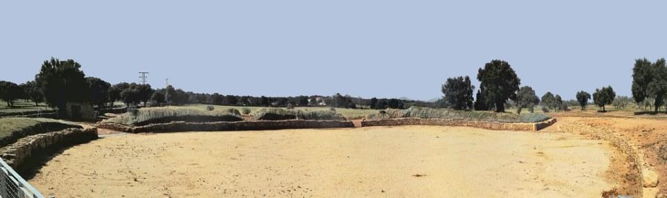 Anfiteatro Caparra ciudad romana vía de la Plata Cáceres 02