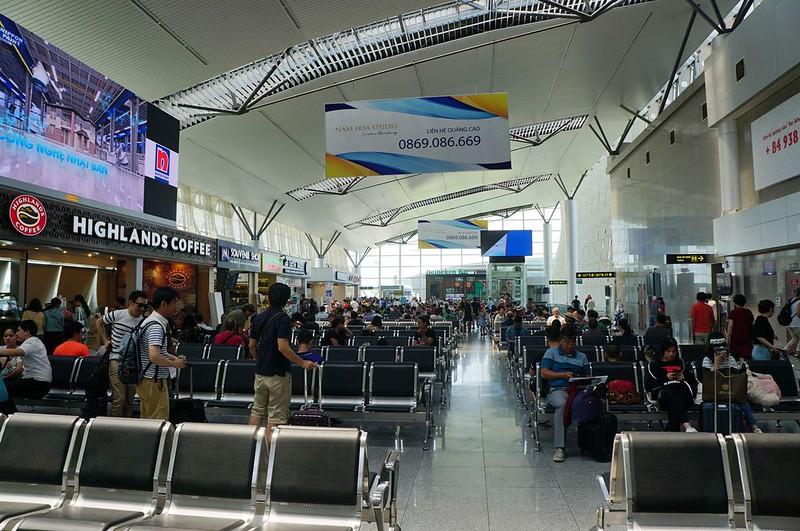 越南峴港機場(Da Nang Airport)懶人包。換匯+4G上網卡+進市區交通方式+美食餐廳簡介   TERESA的旅遊筆記